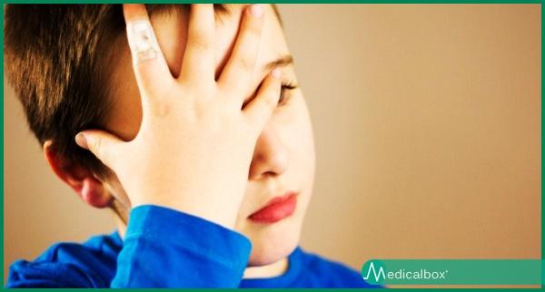 Il tuo bambino ha continui mal di testa? Non sottovalutare..